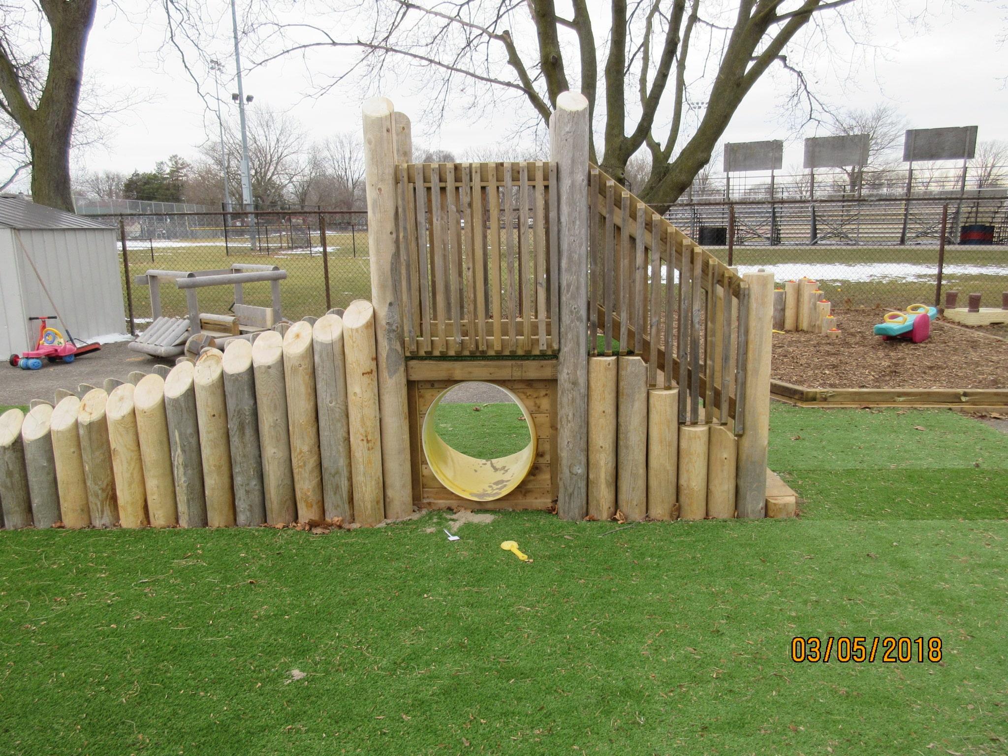 Play Equipment Ramp Crawl Tube